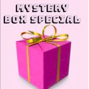 Mystery Sneaker Box